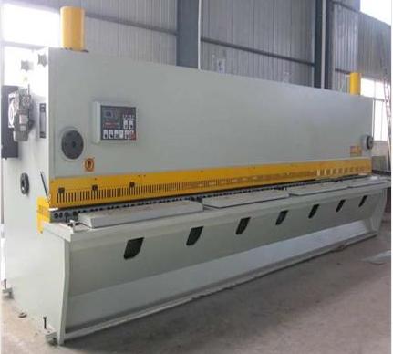 QC11Y-16X2500液压剪板机