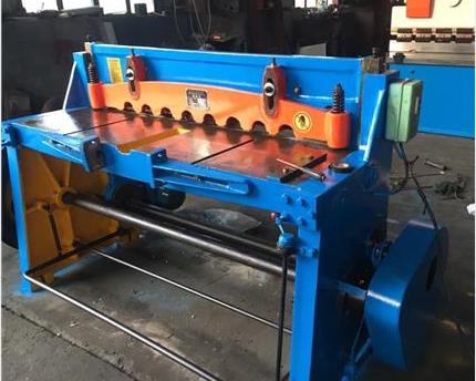 折板剪板机